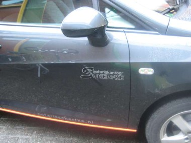 ../../zzauto/autostriping/autostriping-viperstripes_plotpunt_reclame_belettering_stickers__10.jpg